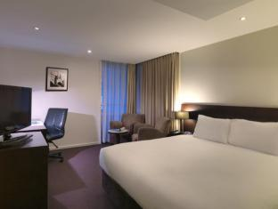 Hotel Grand Chancellor Melbourne Melbourne - Guest Room