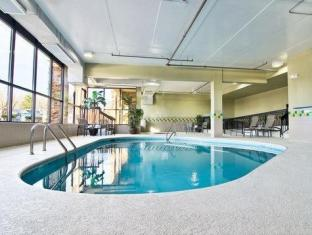 Comfort Suites Knoxville Knoxville (TN) - Swimming Pool