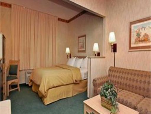 ➦  Choice Hotels    (Arizona) customer rating