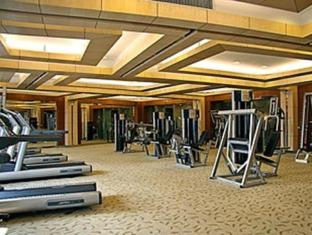 Hua Ting Hotel And Towers Shanghai - Fitness Room