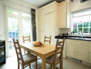 Veeve  Artistic 4 Bedroom Home Esmond Road Chiswick