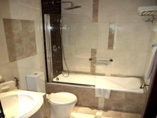 Xclusive Casa Hotel Apartment Dubai - Bathroom Facilities