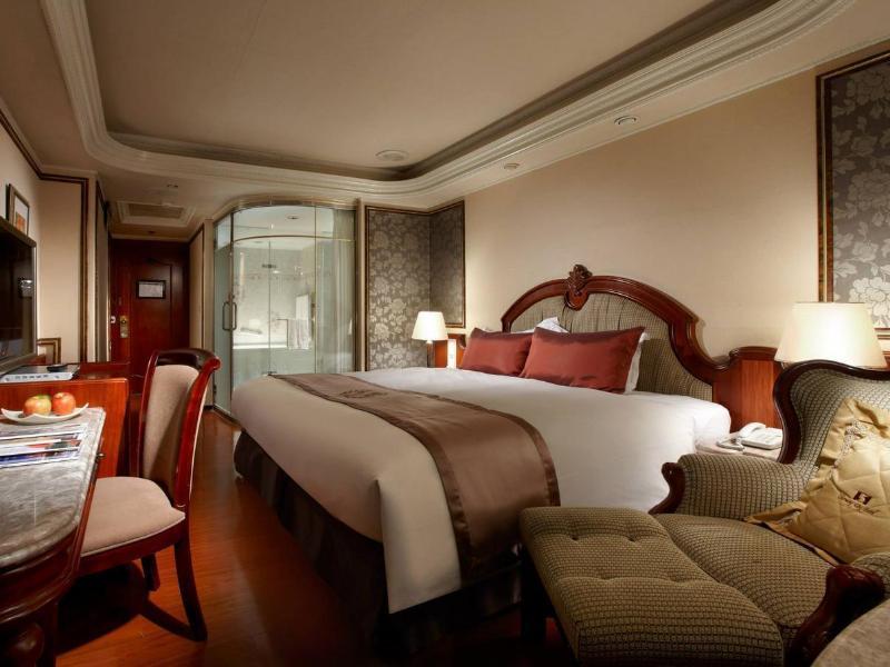 ハピネス ホテル
