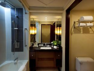 Cebu City Marriott Hotel Cebu City - Guestroom Bathroom