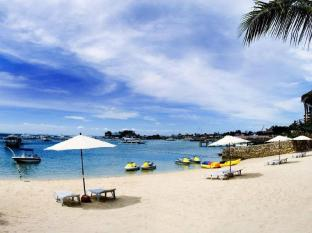 Cebu White Sands Resort and Spa Mactan Island - Pantai