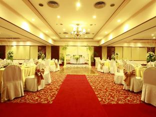 Waterfront Airport Hotel and Casino Mactan Mactan Island - Sala de reunions