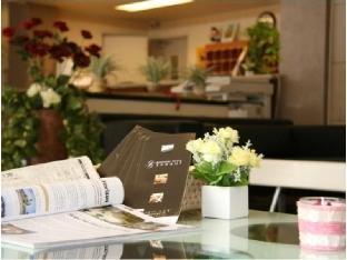 Business Hotel Yanagi image