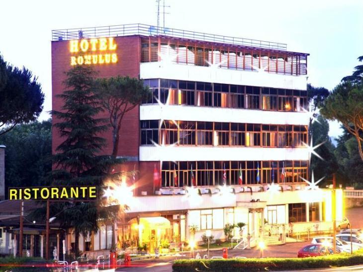 Romulus Hotel photo 1
