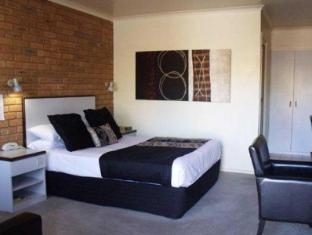 Comfort Inn Peppermill4