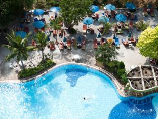 Grand Jomtien Palace Hotel Pattaya - Grand Swimming