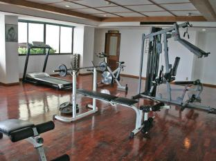 Grand Jomtien Palace Hotel Pattaya - Fitness room at 4th floor