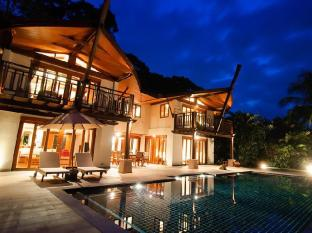 The Village Coconut Island Beach Resort Phuket - Gostinjska soba