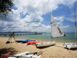 The Village Coconut Island Beach Resort Phuket - Sport och fritidsaktiviteter