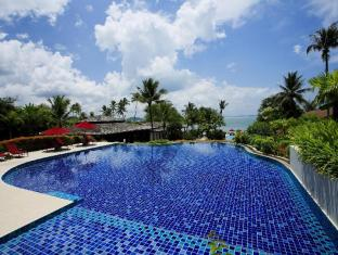 The Village Coconut Island Beach Resort Phuket - Kolam renang