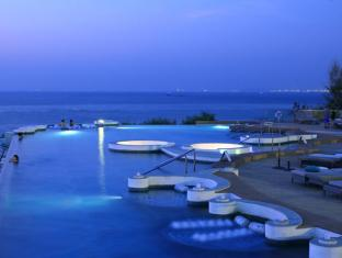 Royal Cliff Beach Hotel by Royal Cliff Hotels Group Pattaya - Infini Pool