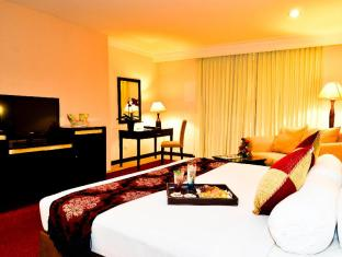 Garden Permata Hotel Bandung - Deluxe Suite With Breakfast