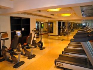 Howard Johnson Business Club Hotel Shanghai Shanghai - Fitness Room