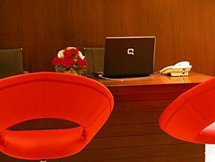 Cabana Hotel New Delhi and NCR - Reception