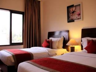 Cabana Hotel New Delhi and NCR - Large Twin Beds