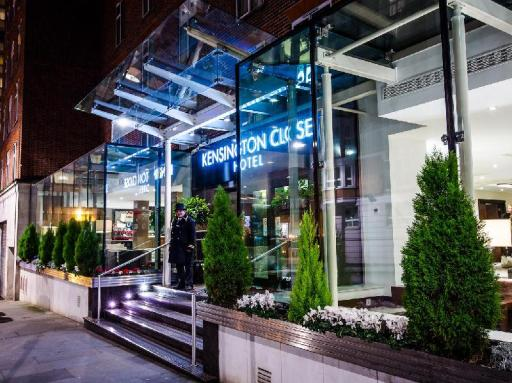 book London hotels in  without creditcard