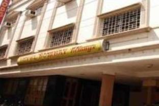 Reviews Hotel Bombay Tiffanys