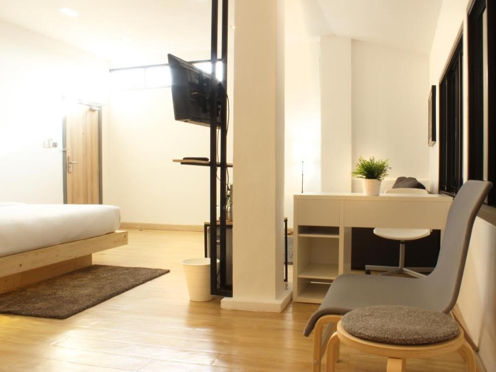 My Room by Sermsub