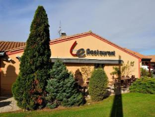 Campanile Niort Est La Creche Hotel