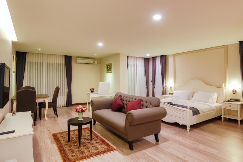 朗卓斯里公寓,เลอสิริ เรสซิเดนซ์ @ รวมโชค