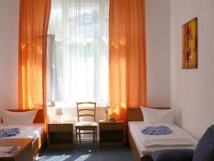 Hotel-Pension Gasteiner Hof Berlin - Guest Room