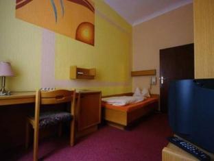格拉夫普克爾酒店 柏林 - 客房