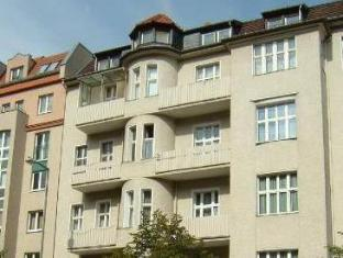 Hotelpension Margrit Berlin - zunanjost hotela