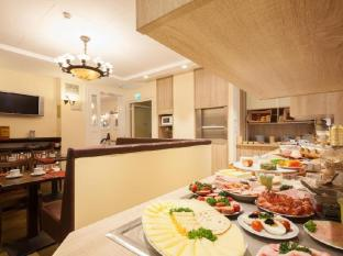 Hotel Pension Kastanienhof Berlin - Quầy buffet