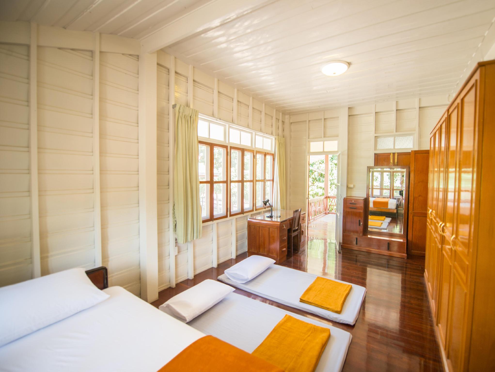 Bansuan Bangsaen Resort,บางแสน แอนทีก