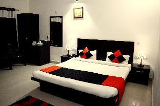 Hotel Garden View Resort Агра