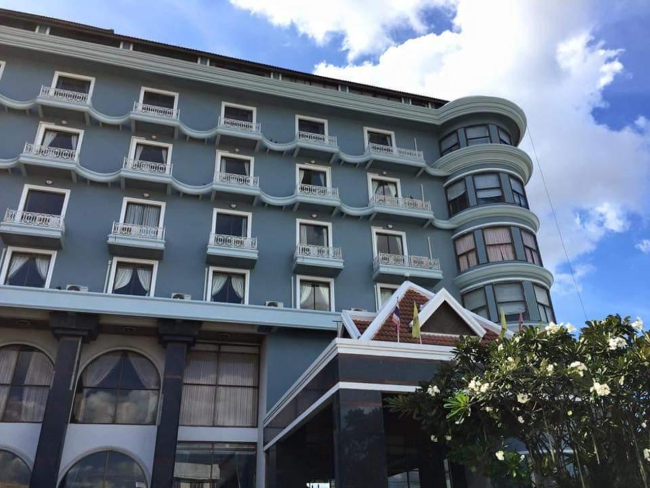 โรงแรมหล่มสัก ณัฐติรัตน์ (Lom Sak Nattirat Hotel)