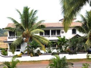 Cotas Guest house MKT by Adore - Goa