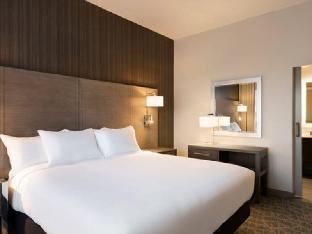Best PayPal Hotel in ➦ Shenandoah (TX): Clarion Suites Near the Woodlands Shenandoah