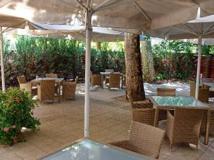 Lion's Garden Hotel Budapest - Balcony/Terrace