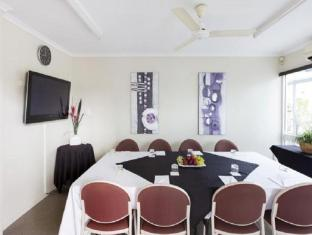 Seagulls Resort Townsville - Meeting Room