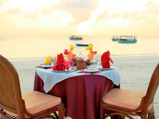 Thulhagiri Island Resort & Spa Maldives Maldives Islands - Beach Dining