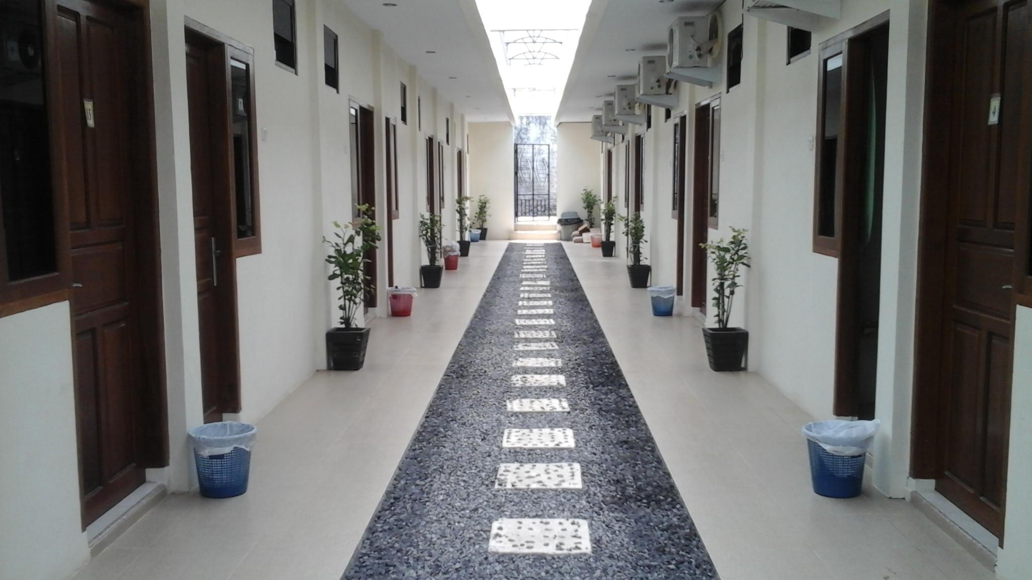 Hotel Living Peace House - Lapangan Lingkungan Dua Mapanget - Manado