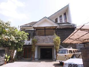 Jalan Cipedes Tengah No 195 Sukajadi Bandung