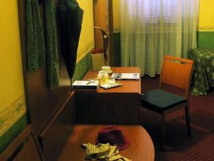 Hotel Continentale Rome - Interior