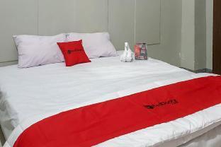 RedDoorz @ Hotel Yaki Mamuju