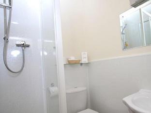 The Limes Guesthouse York - Bathroom