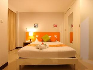 Baramee Hip Hotel Phuket - Superior Room
