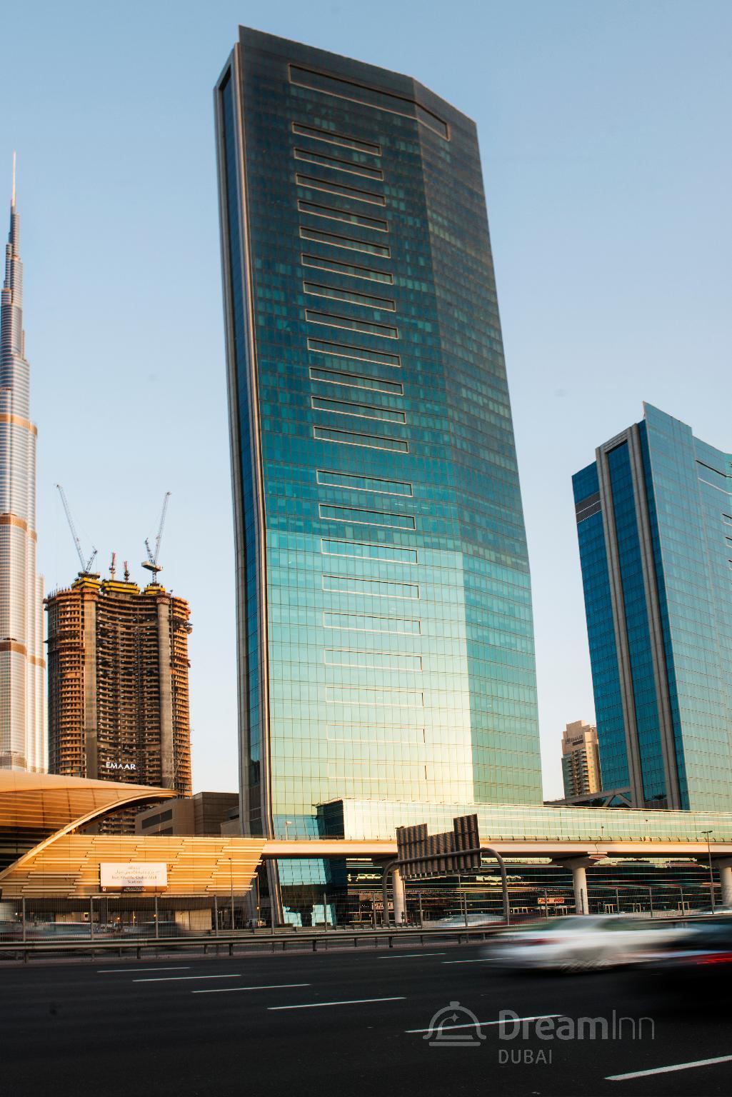 Dream Inn – 48 Burj Gate 3BR Apartment – Dubai 2