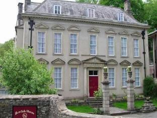 Bowlish House