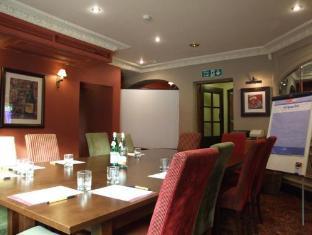 Dog and Partridge Hotel by Good Night Inns Tutbury - Restaurant