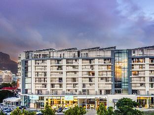 Promos Harbouredge Apartments